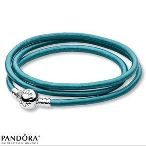 Pandora 20.7 in Leather Bracelet in Teal